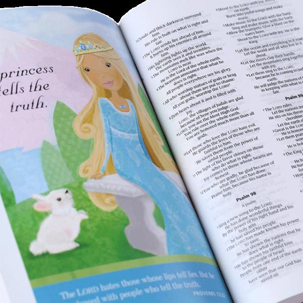 الكتاب المقدس باللغة الانجليزية للاميرة الرائعة NIrV - لون وردي